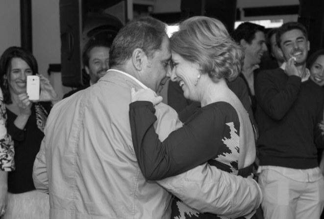Jesús y Julia improvisando un romántico baile