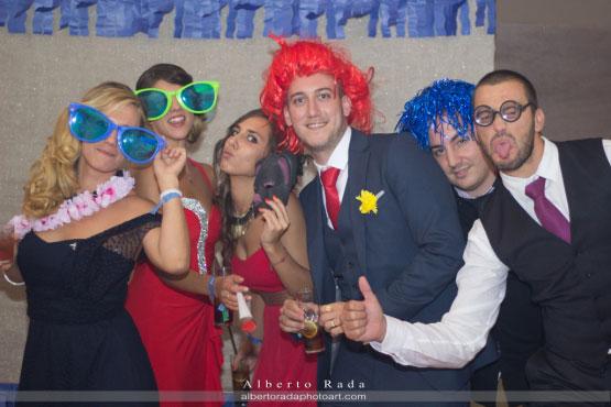 Todo un photocall de lo más divertido en la boda de María y javier