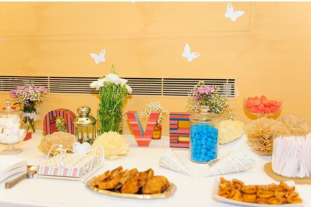 Torrijas y pestiños para una mesa dulce original en una boda en Sevilla