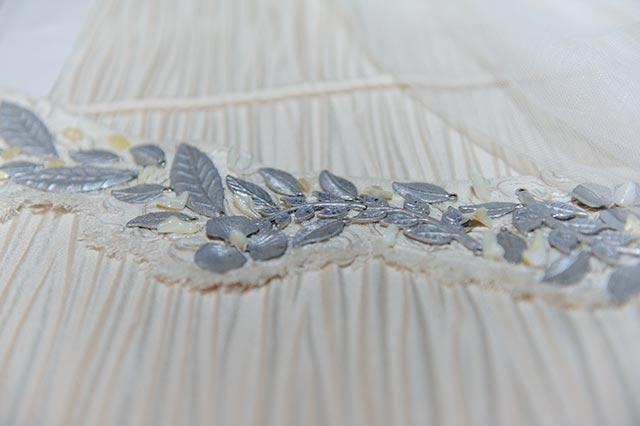 Detalle del vestido de novia diseñado por Manolo Giraldo