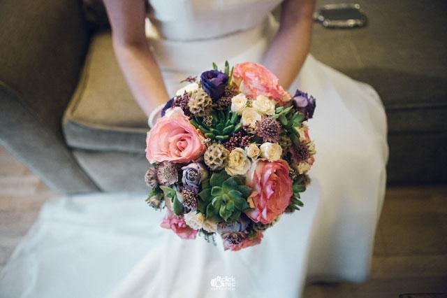 Ramo de novias diseñado y realizado por Ramito Floristería