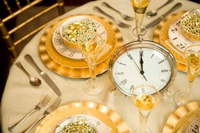 Mesa para el banquete de una boda celebrada en nochevieja
