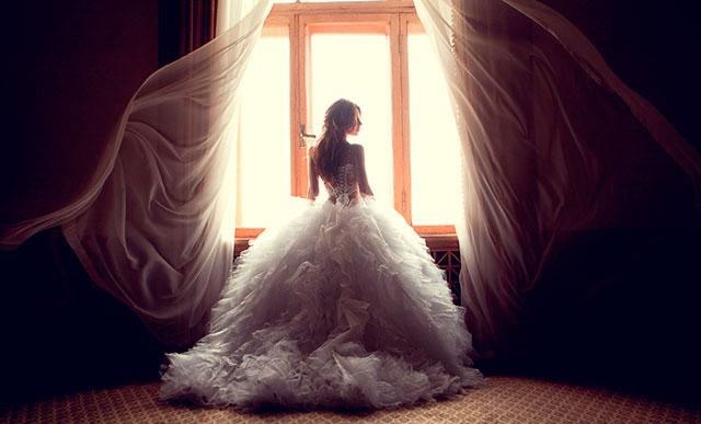 Un vestido de novia puede ser precioso, a la misma vez que sencillo