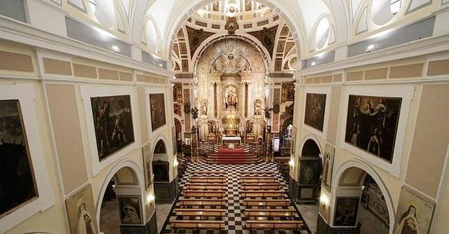 La iglesia del Santo Ángel de Sevilla, es un lugar precioso en el centro histórico donde celebrar una boda religiosa