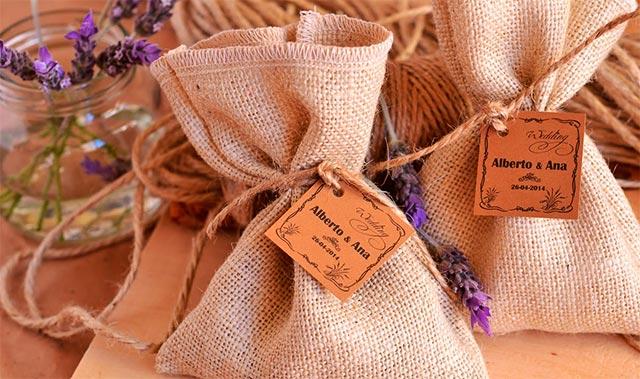 Unos aromáticos saquitos de café para nuestros invitados de boda