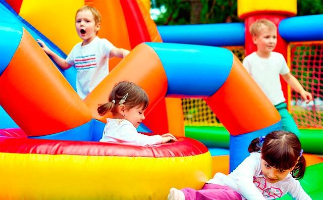 Zonas infantiles para divertir a los niños en cualquier boda