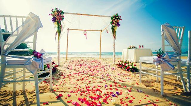 Ideas para pasillos y altares de ceremonias de bdoa en la playa