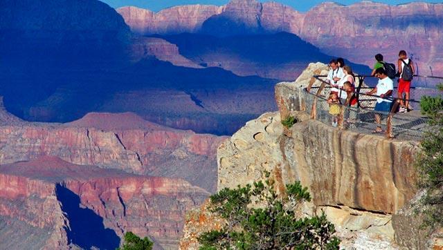Luna de miel visitando el Cañón del Colorado