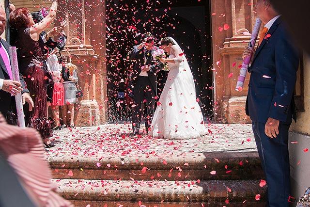 En De boda con Ángela queremos que disfrutéis de vuestra boda desde el principio hasta el final