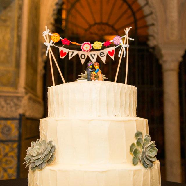 Tarta realizada por Ofelia Bakery, para la boda de la pareja hindú Pooj & Siva