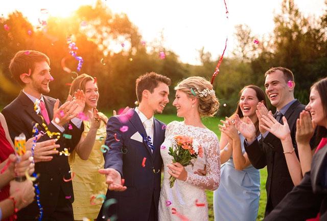Protocolo sobre el vestuario que deben llevar los y las invitadas a una boda