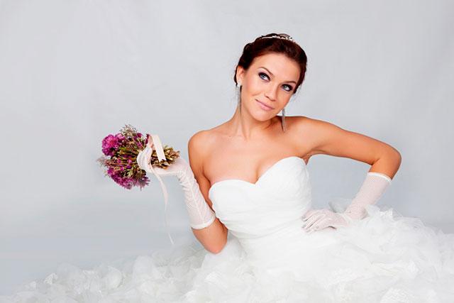 El motivo de la costumbre de que las novias vistan de blanco en su boda