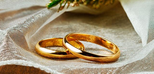 De dónde procede la tradición de las alianzas de boda