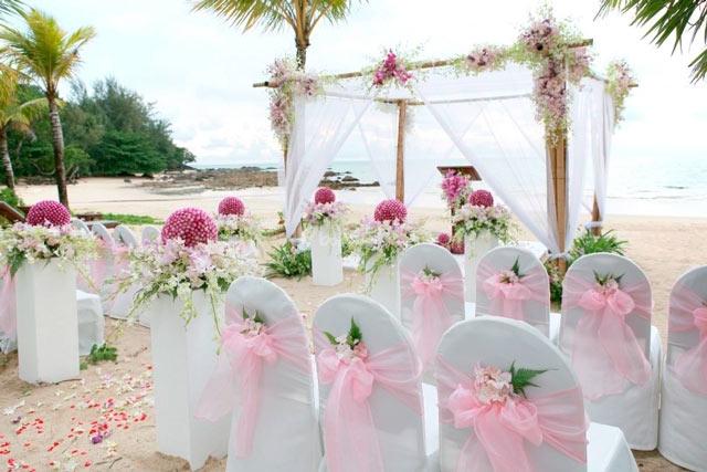 Pros y contras de celebrar una boda de día