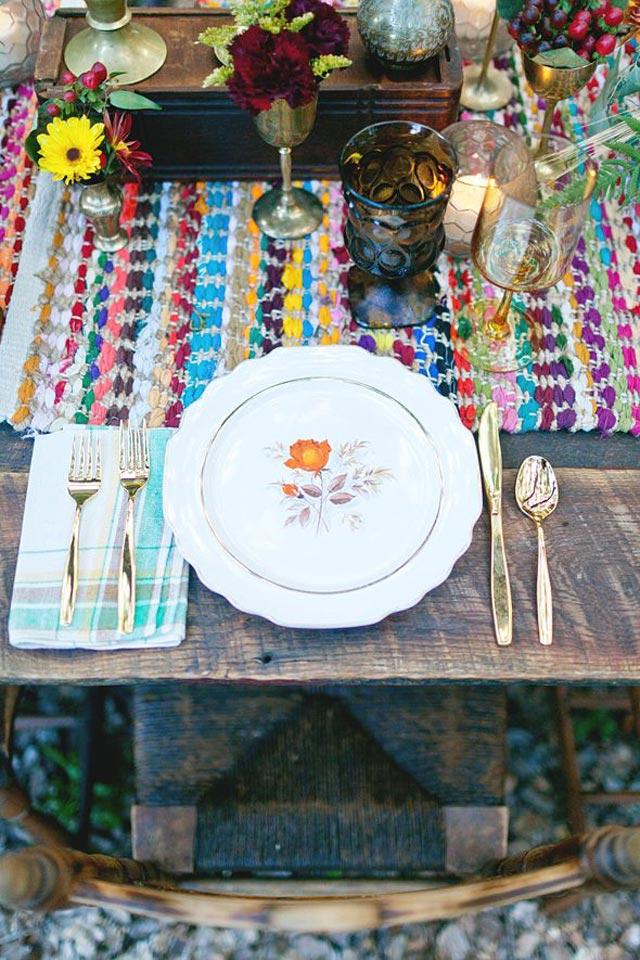 Detalle de mesa en una boda rústica