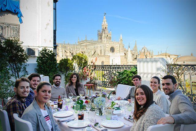 Así ha sido nuestro almuerzo de empresa en De boda con Ángela