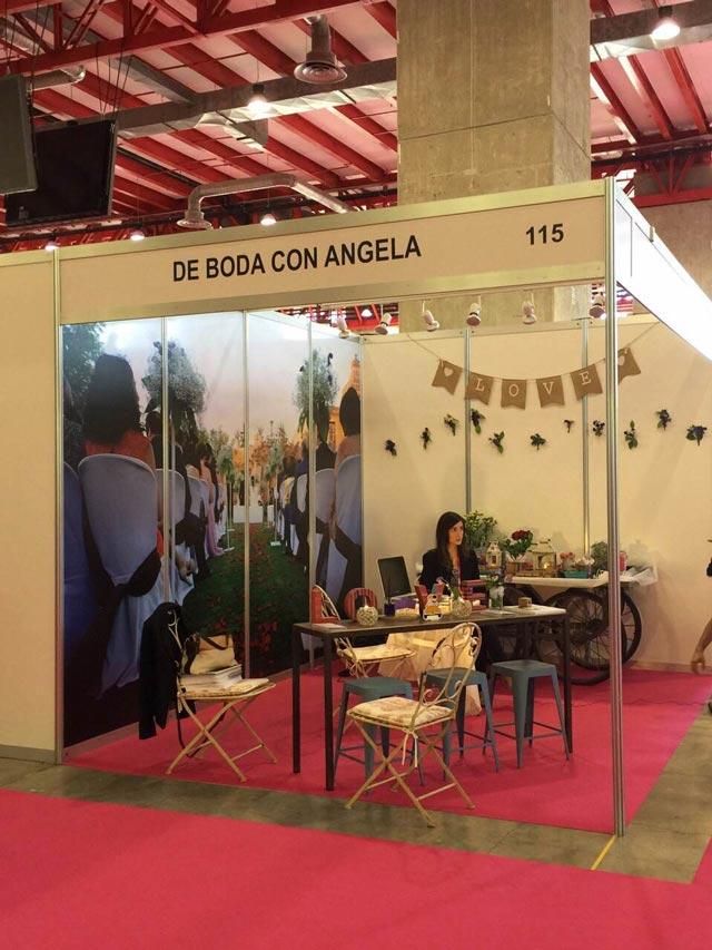 En plena grabación del reportaje en la Feria Expo Mujer España 2015