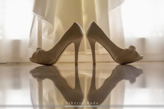 Zapatos de novia en la boda de María