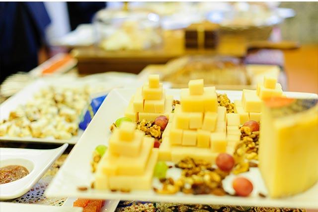 Más detalles del buffet de quesos presentado por el Catering Miguel Ángel de Sevilla