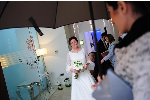 Nuestra novia llegando a la ceremonia