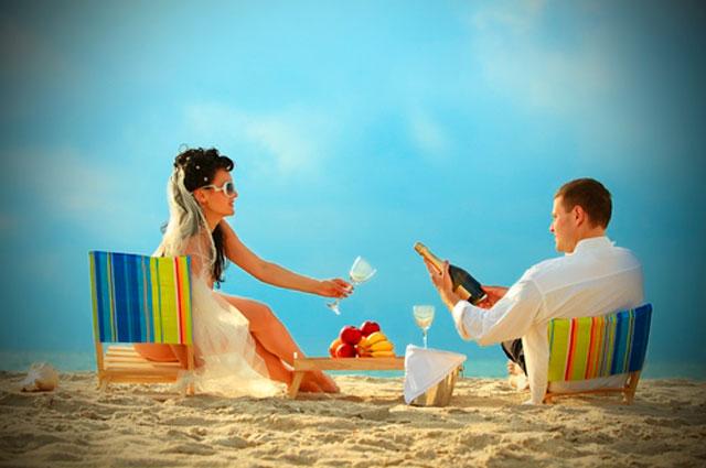Consejos para ir vestida a una boda en la playa
