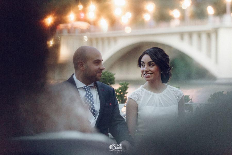 La preciosa boda de Edith y Antonio en el Restaurante Río Grande, en Sevilla
