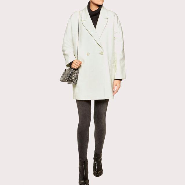 Abrigo blanco oversize de American Vintage