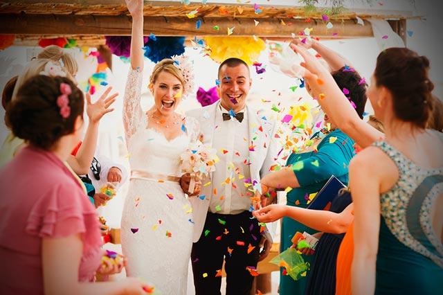 Ideas para banquetes de boda divertidos y animados