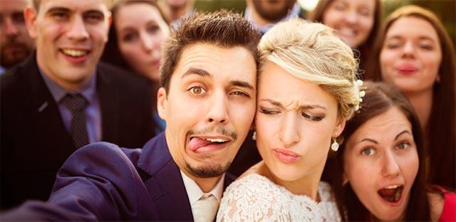 Selfies y fotos simpáticas durante una boda