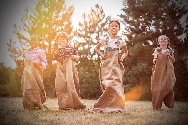 Las mejores ideas para que los niños se diviertan durante la boda