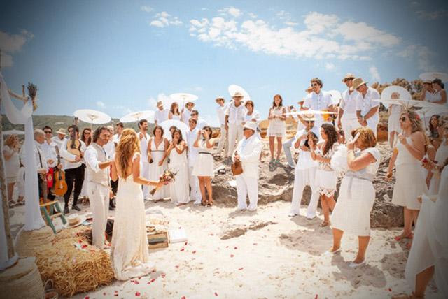 7 Consejos IMPRESCINDIBLES para SOBREVIVIR durante una boda veraniega