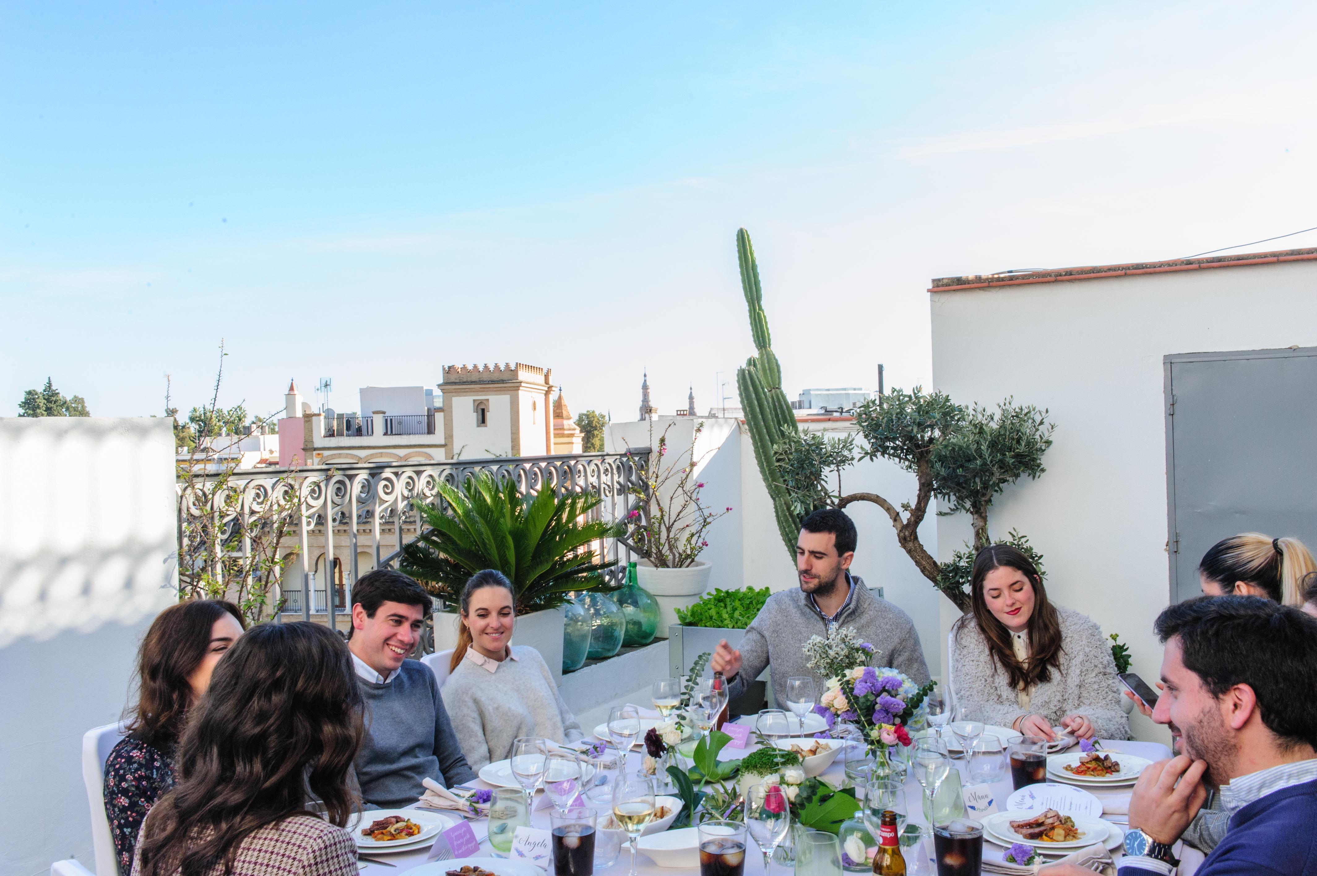 Comida de empresa de Navidad en Sevilla (Evento privado en De boda con Ángela)