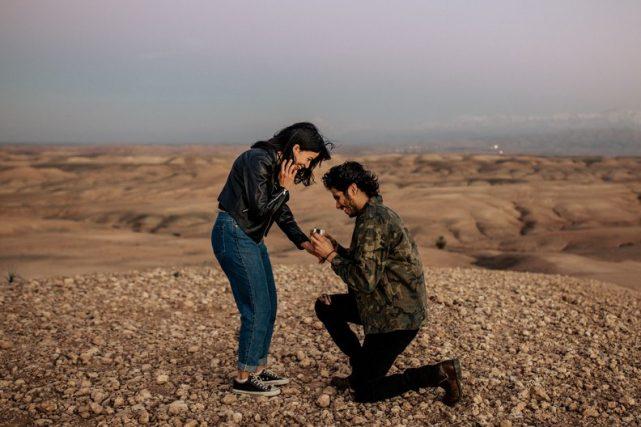 Pedida de manos original en el desierto