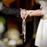 """El """"handfasting"""" o unión de manos de las bodas celtas"""